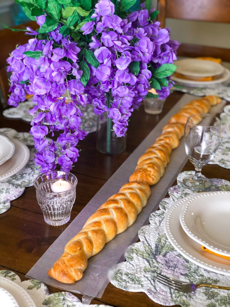 Rapunzel's Braid Bread