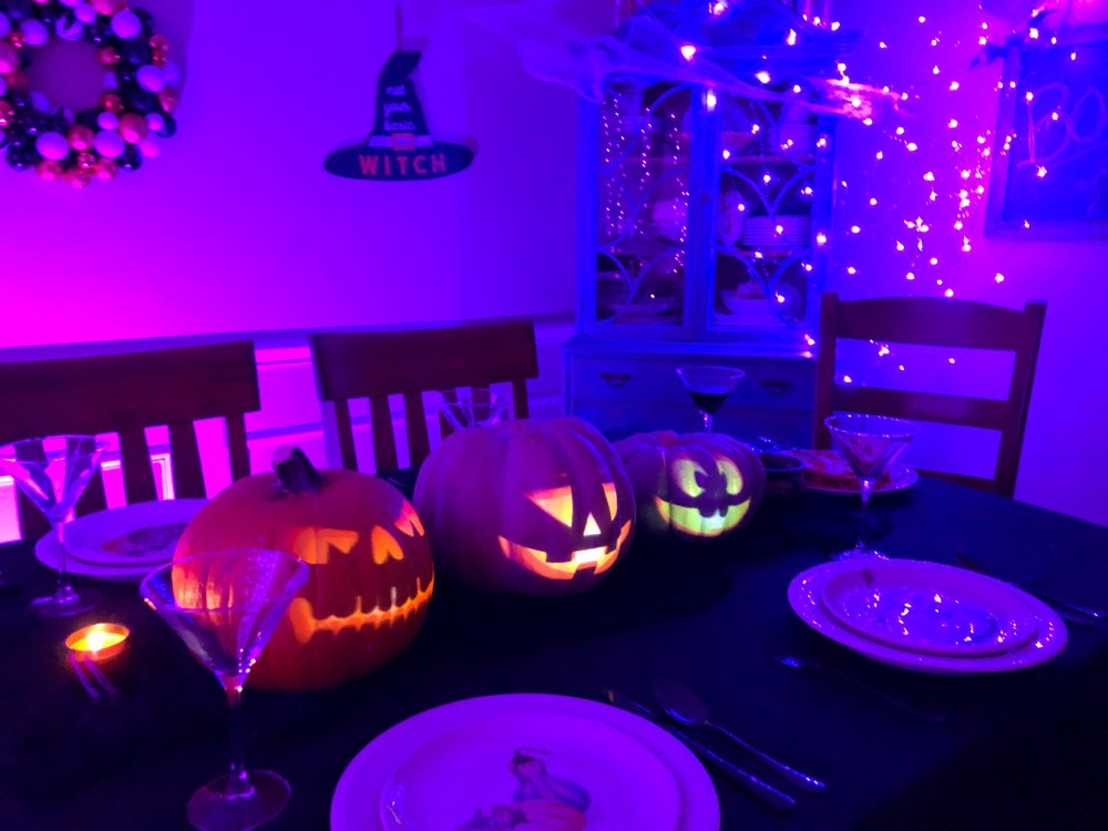 How to Project Singing Jack o Lanterns on Pumpkins for Halloween