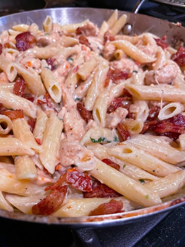 Best Sun-dried Tomato Chicken Pasta