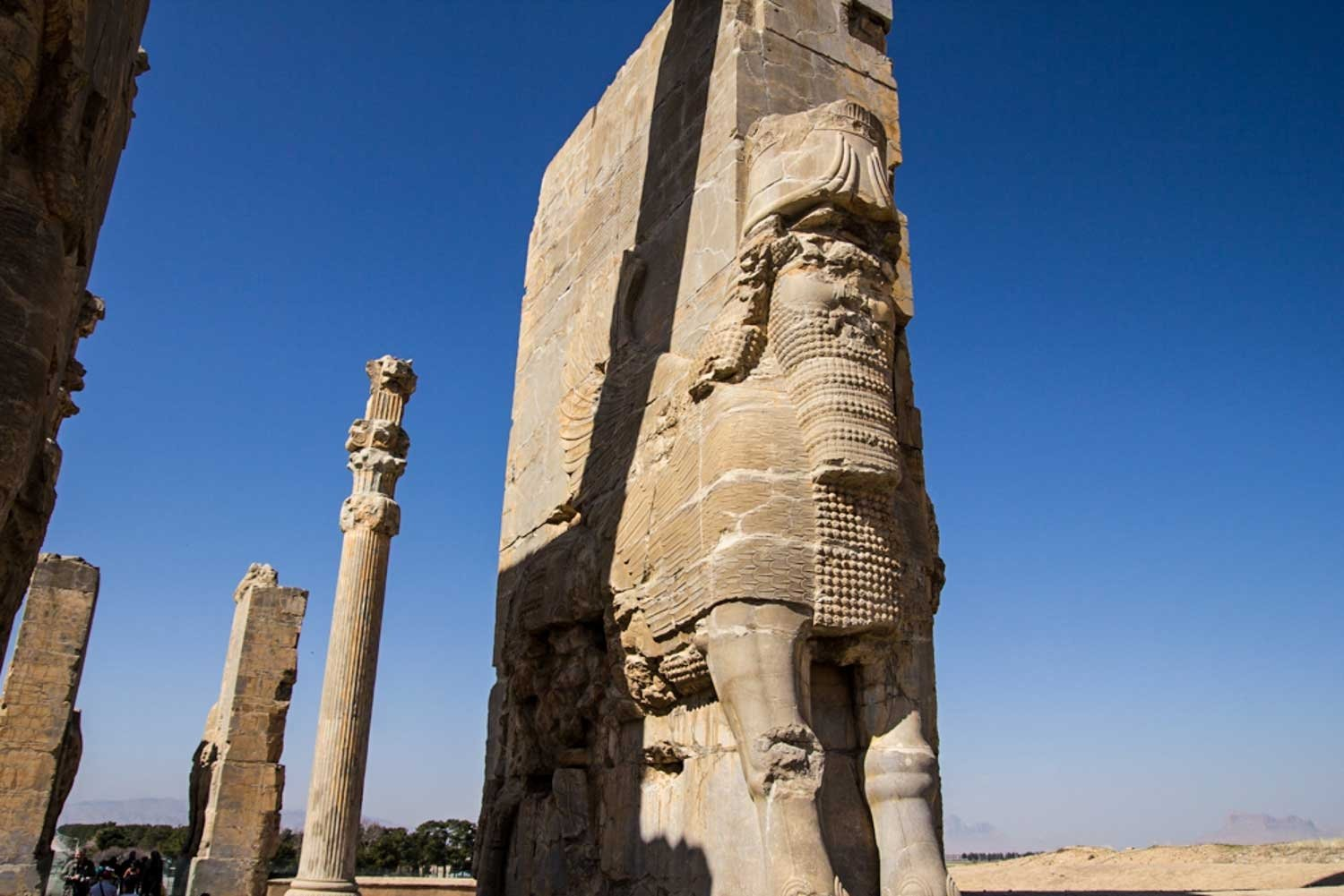 Things to see in Shiraz - Persepolis stone structure