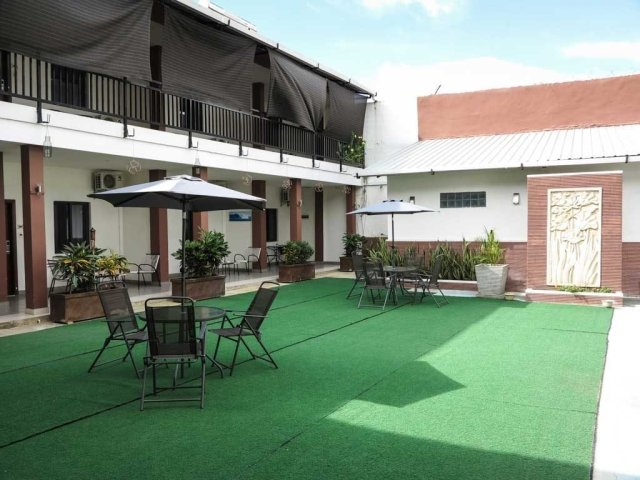Dili hotel - D'City hotel inner courtyard