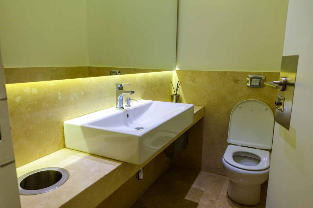 Amex Lounge in Buenos Aires toilets