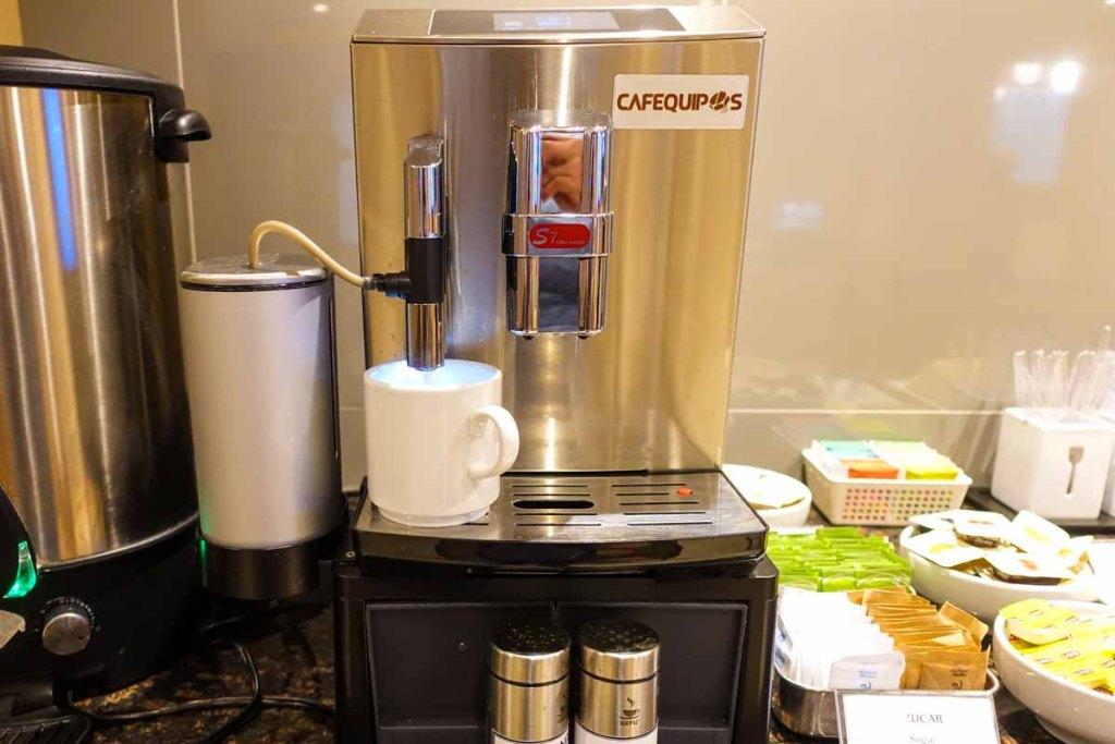 Cafe quipos coffee machine. Espresso style automatic.