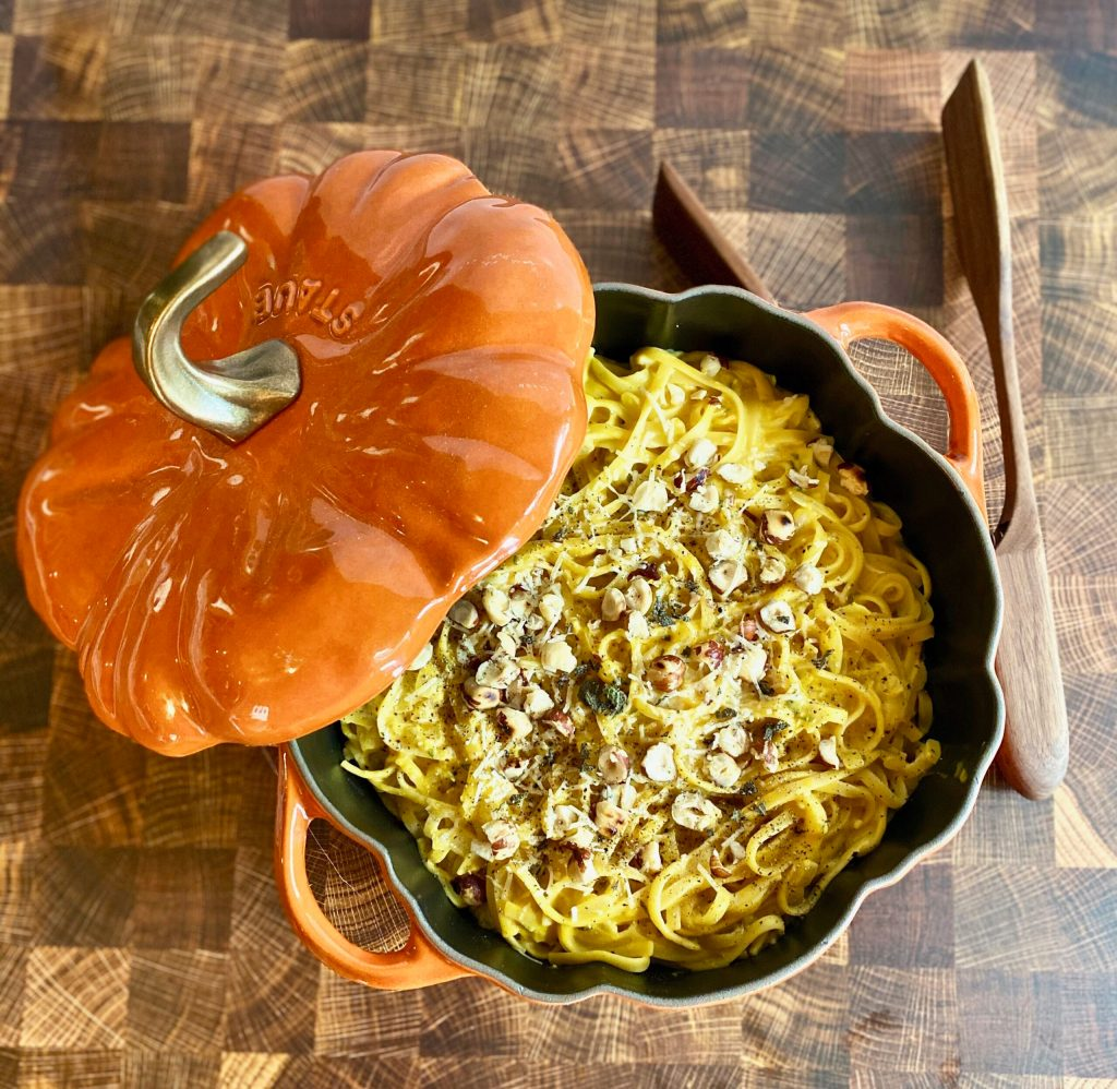 Simple One Pot Pumpkin Goat Cheese Pasta