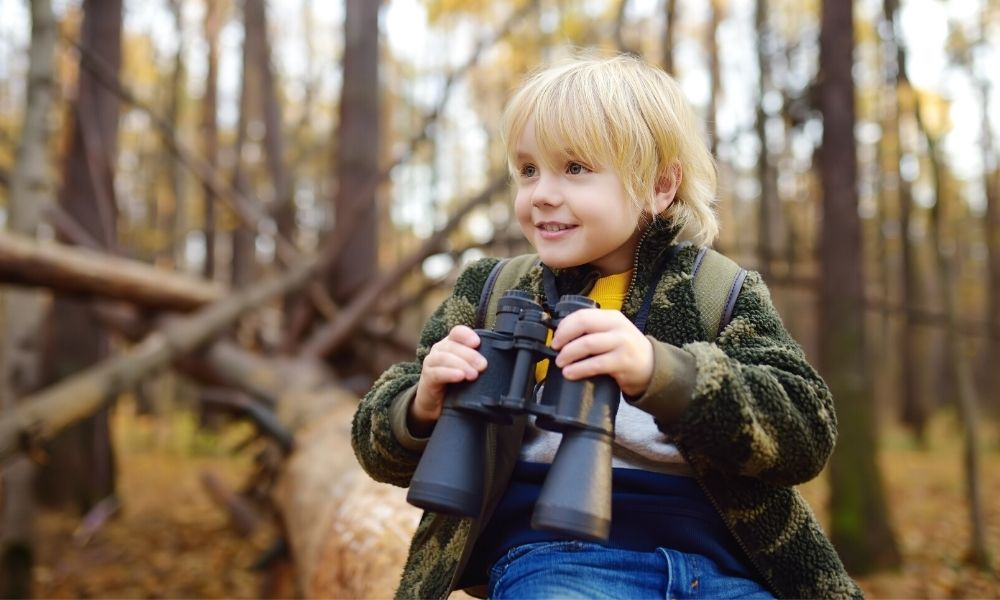 How To Keep Your Kids Safe During a Hiking Trip