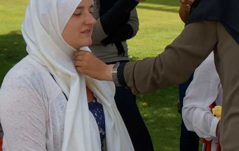 Students don hijabs to gain a better understanding of Muslim women during the Hijab Challenge. (Ryan Barrera/The Runner).