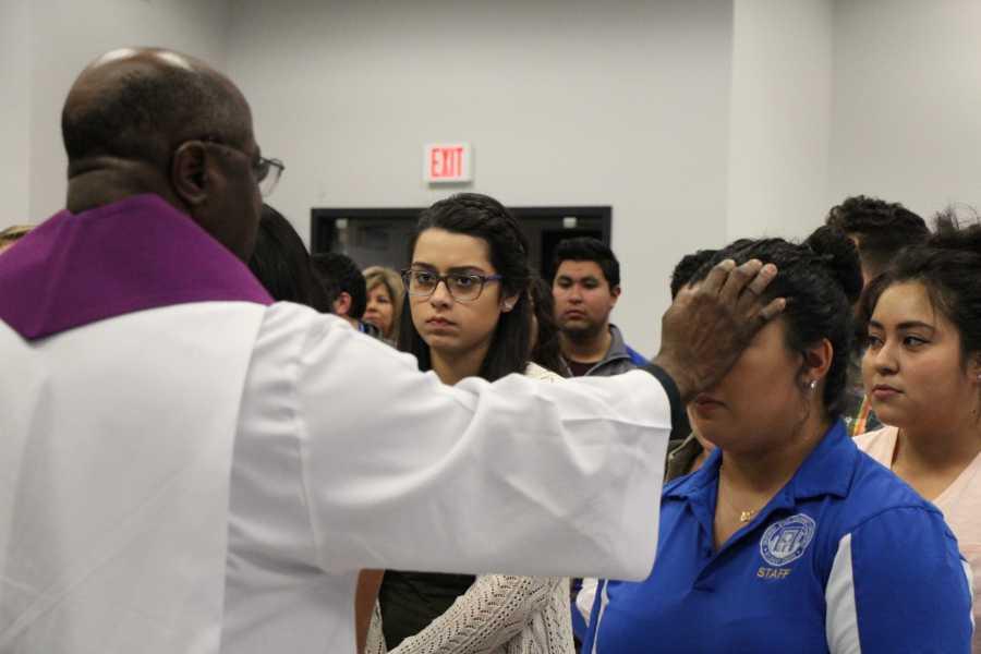 CSUB students celebrate Ash Wednesday