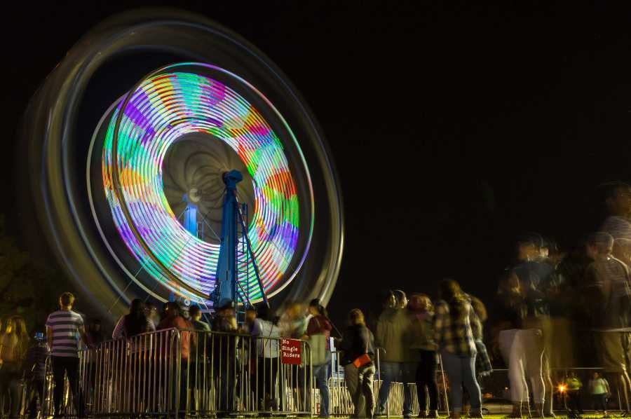 Runner Nights boasted a Ferris wheel, a 20-foot slide, and numerous other carnival attractions. The event was held on the Don Hart East lawn from 9 p.m. to 1 a.m. Photos by Ben Patton/ The Runner