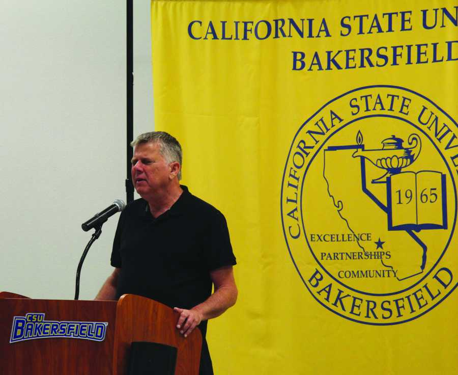 Youtube sensation Tommy Edison spoke to students on Thursday Oct. 5, in the Student Union Multi-Purpose Room. Services for students with Disabilities presented The Blind Film Critic to share his story and answer questions from CSUB students.  Photo by Arturo Castellanos/ The Runner
