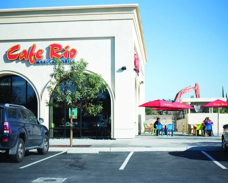 Café Rio opened on Coffee Road off of Stockdale Highway in lat November.