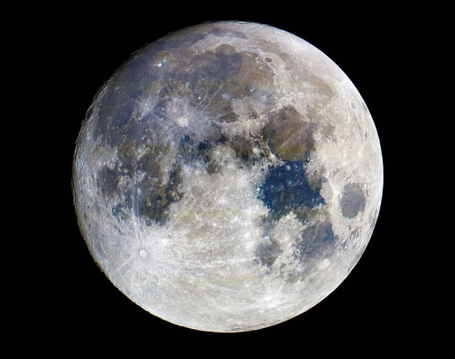 When the atmosphere is clear and the light pollution is low, landmarks and natural formations can be seen on the moon.