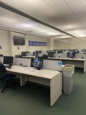 Computer Lab A open for student use
