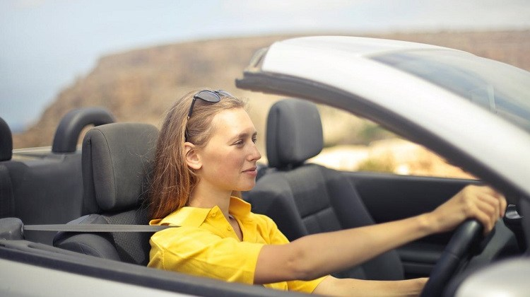 woman drive car