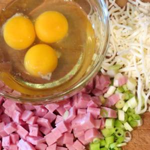 Ingredients for the omlet