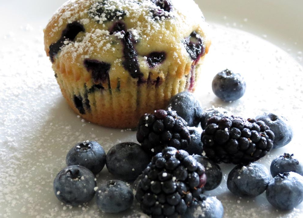 how to make blueberry muffins from scratch