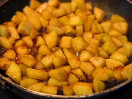 apples with cinnammon