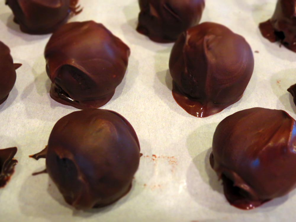 pop-cakes-chocolate-covered