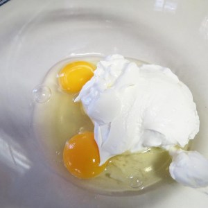 eggs with sour cream