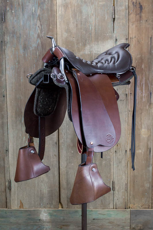 Classic Trooper Saddle with Horn made by The Saddle Guy