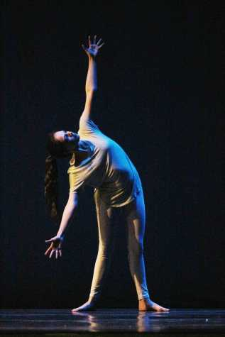 Performing arts allow dancer to experiment