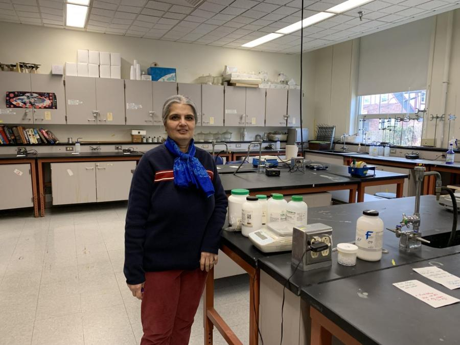 Science resource aid serves as backbone for lab preparations