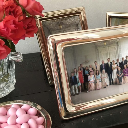 DIY Royal Wedding Picture – das perfekt inszenierte Familienfoto