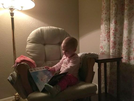 nursery-chair-table