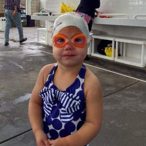 Pool Day? Don't forget goggles and these other six essentials from The Salty Mamas! #poolday #beachday #whatIneedforthepool #summer #summertime #summeratthebeach #summeratthepool #swimming #swimmimnglessons #swimlessons #swimmer #littleswimmer #babyswimmer #watersafe #babyswimlessons #toddlerswimgear #kidsswimgear