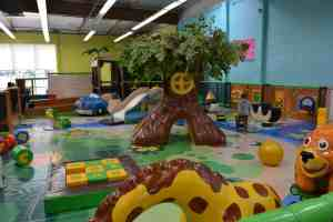 Dont miss the toddler play area, perfect for guests 36 months and under! (And check out other tips for visiting Kidz Town with toddlers from thesaltymamas.com) #KidzTown #bestkidsplayplace #indoorplay #bestindoorplayarea #indoorplayarea #indoorplayLongBeach #indoorplayLakewood