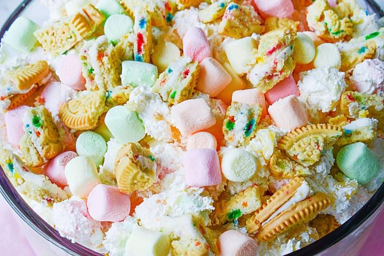 marshmallow birthday cookie trifle