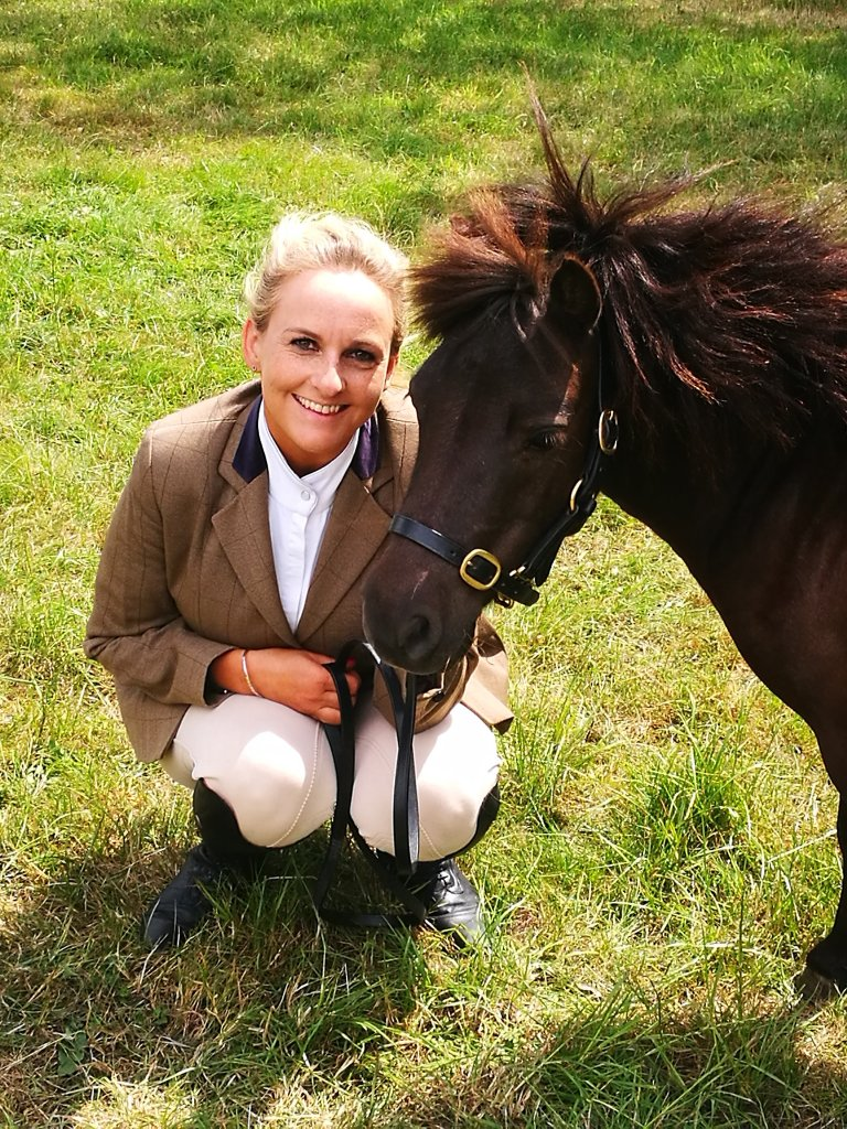 ANother day, another show for Peanut and owner Oonagh