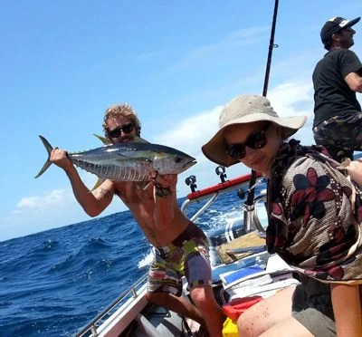Great weather half way and the tuna came on the bite. (c) BoaGente