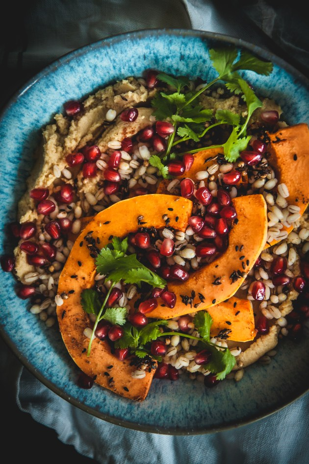 Hummus aand pearly barley bowls with butternut squash, pomegranate and spices 3