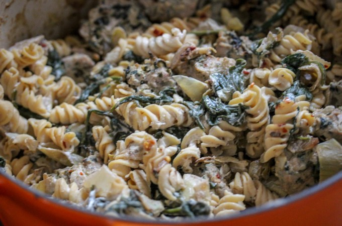Spinach & Artichoke Greek Yogurt Pasta + Turkey Meatballs