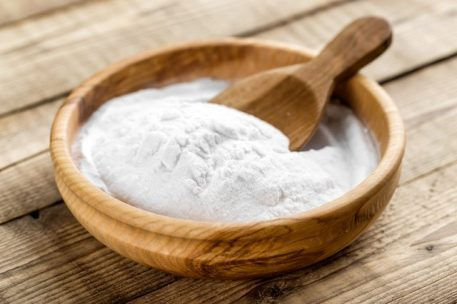 Get Rid of Dandruff with Baking Soda