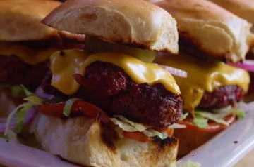 Classic American Cheeseburger Recipe