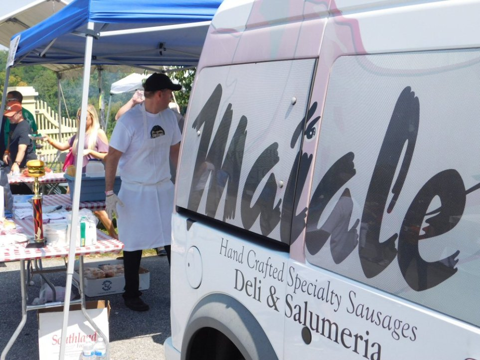 Maiale Catering Truck