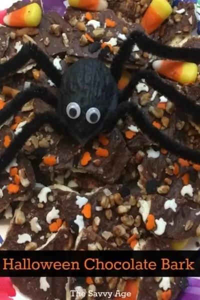 Yummy and addictive! Halloween Chocolate Bark Recipe.