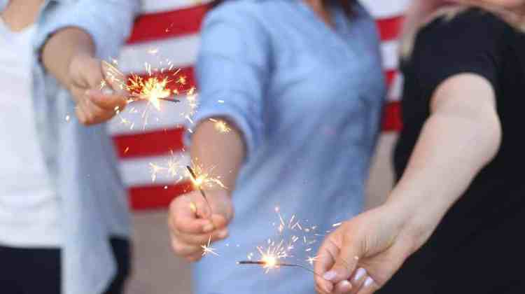 How to Host a 4th of July Party That Will Make You Boss