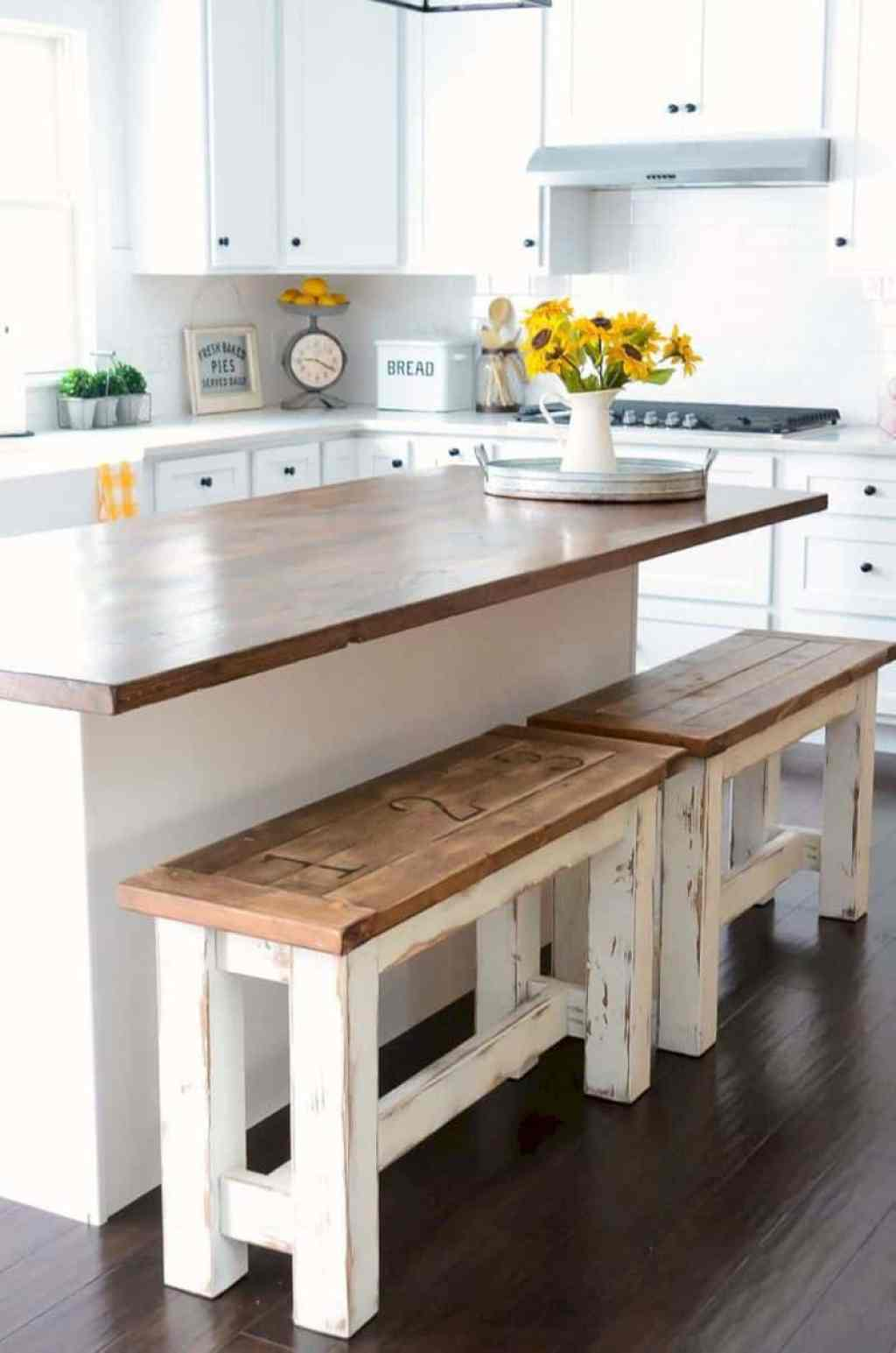 10 farmhouse kitchen decor ideas that would make joanna gaines proud - the savvy couple