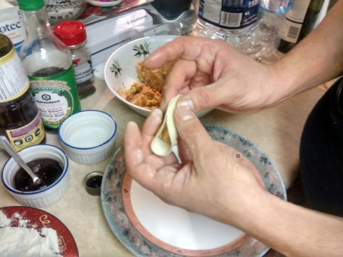 dumpling folding technique