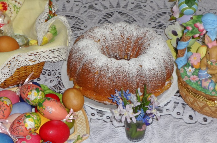 Step-by-step #Easter #buntcake #recipe #dessert #cake #baking