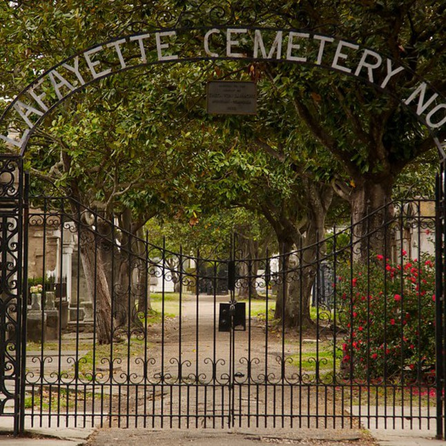 THE SAVVY NATIVE | LAFAYETTE CEMETERY | NEW ORLEANS