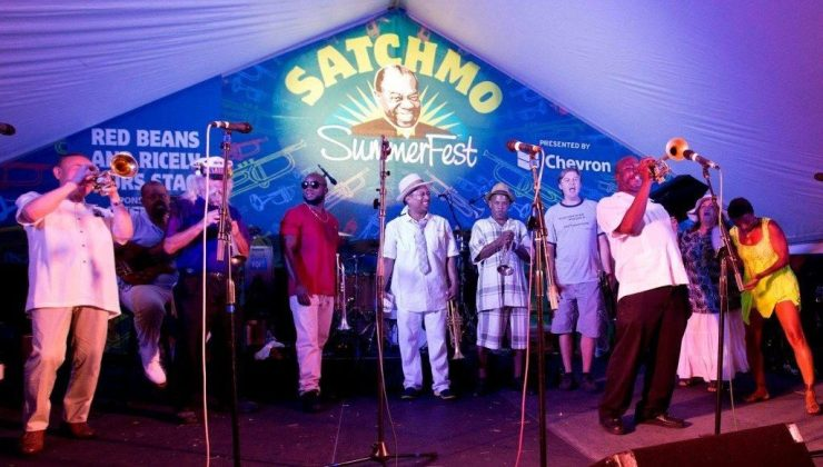 Picture of stage at the Satchmo Summerfest