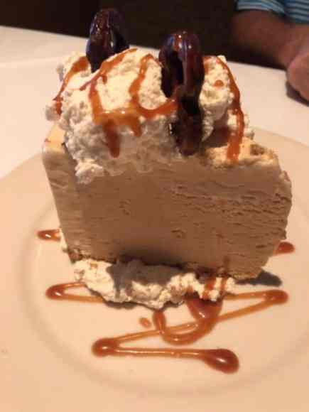 """GW Fins' Salty Malty Ice Cream Pie - A Local """"Guide"""" Food Review"""
