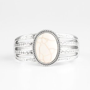 white cracked stone silver triple band
