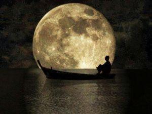 ccba70e5a189fb0255a8fbc11101208a--full-moon-the-moon
