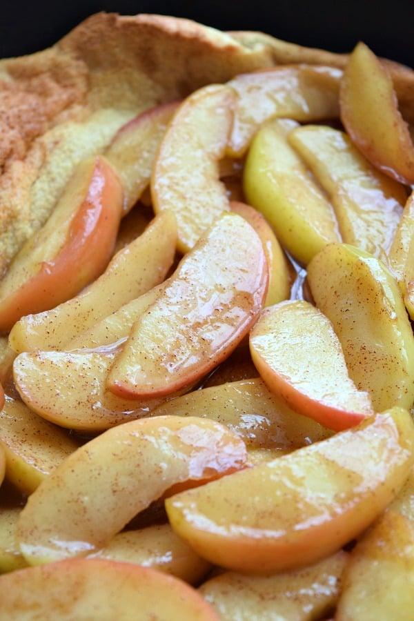 Cinnamon Apple Topped Dutch Baby | The Schmidty Wife