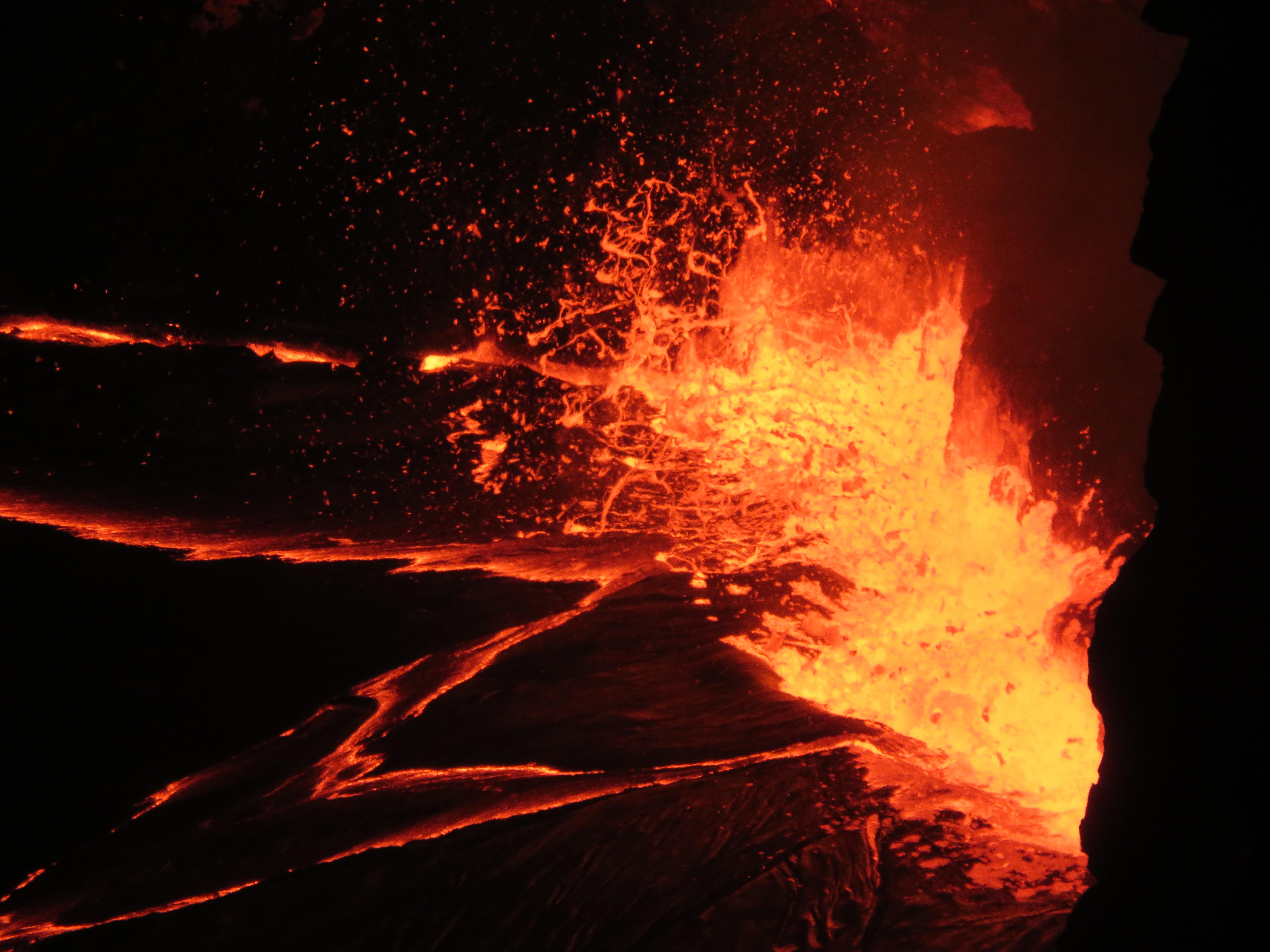 Lava From Hawaii S Kilauea Volcano Has Entered The Ocean