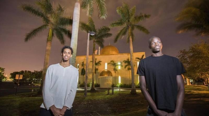 Muslim Players Showcase True Faith in Florida Uni.